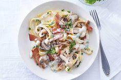 Goedgevuld pastagerecht met champignons en broccoli. Klaar in 15 minuten! Romige tagliatelle met krokante ham - Recept - Allerhande