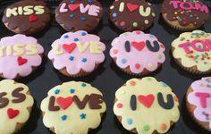 Cupcakes san valentin decorados con amor.