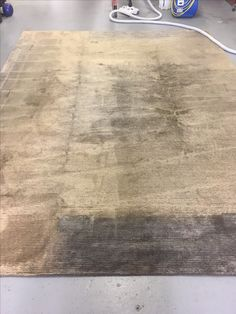 Sun faded rug. This can be colour matched and repaired.