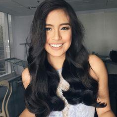 The List: Best Bombshell Hair Gabbi Garcia Gabbi Garcia, Bombshell Hair, Filipina Beauty, Wedding Hair Inspiration, Hair Color And Cut, Wedding Hair Flowers, Girls Rules, Wedding Beauty, Bombshells