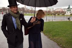 18.12 Thanks to the gentleman Rita has a lough despite the rain in Vienna's Volksgarten - wearing the A Day in a Life Navy Cropped Knitted Jumper, the Navy Full Circle Glitter Maxi Skirt and the Navy Turtleneck Ribbed Dress