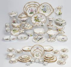89 PC SPODE STAFFORD FLOWERS CHINA : Lot 1093