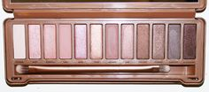 Fresh Lengths: Urban Decay Naked 3 Eyeshadow Palette & Swatches