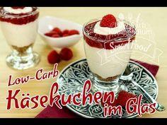 Low-Carb Käsekuchen im Glas mit Himbeerkompott - frisch & ohne Backen