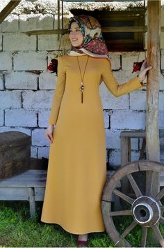 Abaya Style 663014376362631366 - Source by nazlugantas Girls Fashion Clothes, Fashion Dresses, Girl Fashion, Clothes For Women, Muslim Dress, Hijab Dress, Simple Dresses, Nice Dresses, Girls Dresses