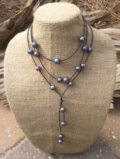 Black Peacock Pearls and Leather Necklace Set - Leather and Pearl Jewelry