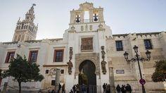 Aspecto de la fachada restaurada de la Catedral