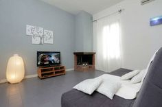 This apartment is located in the neighborhood of Prati, on Canal Street, only a few steps from the Vatican Museums (comprising the Sistine Chapel), and a short walk from Piazza del Risorgimento,...