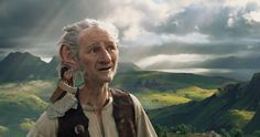 Si sentiva la mancanza di un film come Il GGG - Il grande gigante gentile. Steven Spielberg è tornato a lasciare il segno in un genere che in passato gli ha regalato tante soddisfazioni e un'ammirazione eterna da parte di fan in tutto il mondo.