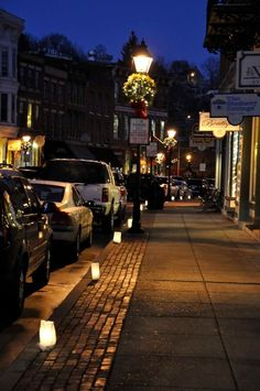 Luminaria...Galena is SO beautiful!! I'm glad I was able to grow up here!