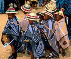 The Basotho people also known as Sotho, are Bantu people of the Kingdom of Lesotho (lusō'tō), an enclave within the Republic of South Africa. African Life, African Culture, African Style, African History, Kids Wraps, African Children, Young Children, African Tribes, Out Of Africa