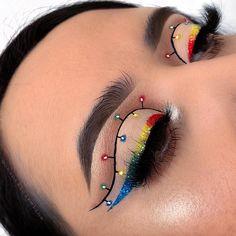 Eye Makeup Designs, Eye Makeup Art, Colorful Eye Makeup, Eyeshadow Makeup, Makeup Cosmetics, Makeup Eye Looks, Christmas Makeup Look, Holiday Makeup, Makeup Diy Videos