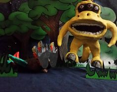 The #krug is mad upset because he thinks the #quarrelby is dead but the quarrelby is actually exhibiting the fine art of #thanatosis !!! #miscreationnation #hungry #playdead #landoflegricious #love #fantasy #like #science #artatx #arttoy #handmade #forest #behindthescenes #setdesign #animateme #happy #smile #alwayshappy #naturelover #alien #et #dreamer #extraterrestrial #digitalart #followme #nature #eat
