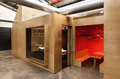 Unit B4 office by Make Creative, Sydney office design