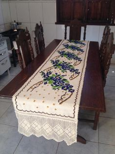Rugs, Table, Furniture, Home Decor, Cross Stitch Embroidery, Stitches, Farmhouse Rugs, Decoration Home, Room Decor