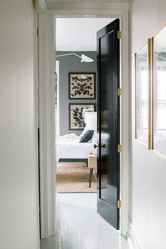 Small Master Bedroom Décor Ideas