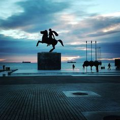 Alexander the Great, Thessaloniki, Macadonia, Greece Alexandre Le Grand, Macedonia Greece, Ancient Greece, Ancient Egypt, Alexander The Great, Paradis, Europe Travel Tips, Greek Islands, Wonderful Places
