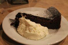 #chocolate #cake #nowaprowincja #yumyums - more here: http://twistedredladybug.blogspot.com/2013/12/last-night-as-miss.html