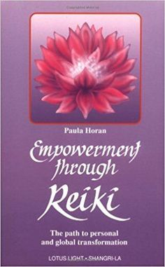 Empowerment Through Reiki: The Path to Personal and Global Transformation (Shangri-La Series): Dr. Horan, an experienced Reiki master describes exactly how Reiki energy works, the way it can be used and the effects that can be achieved with its help. Reiki Treatment, Self Treatment, Reiki Symbols, Sacred Symbols, Reiki Books, What Is Reiki, Reiki Courses, Reiki Training, Reiki Therapy