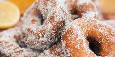 Munkkirinkelit Finnish Recipes, Sweet Pastries, Doughnut, Donuts, Sweet Treats, Rolls, Sweets, Bread, Baking