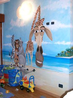madagascar-decorated children room velature  www.toomuchlab.it