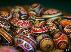 Hand-painted Easter eggs with the help of feathers and wax. Created by a tiny Slavic minority in Germany that is keeping the long and intricate tradition alive. easteregg, german easter, happi easter, pysanki egg, egg decorating, germany, easter eggs, feather, decor egg