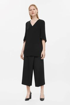 Cos black Oversize v-neck tunic, wide leg crop culottes