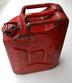 bensakanisteri vuodelta 1943
