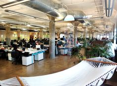 So cool to see inside the office of Sailthru http://myhelpster.com/