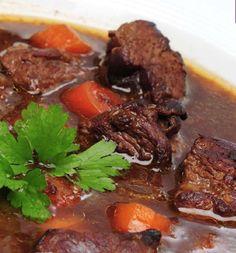 10 Weeks Body Change Diät von Detlef D Soost Rezepte für das Next programm zum nachkochen. Gulaschsuppe mit Rindfleisch, Schweinefleisch und Chilli