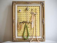 DIY Projects: Diy Jewelry Organizer From Pegboard With Wood Frame: Chic DIY Jewelry Organizer Design Ideas Diy Necklace Holder, Diy Jewelry Holder, Jewelry Hanger, Jewelry Box, Hang Jewelry, Necklace Storage, Earring Storage, Jewelry Armoire, Jewlery