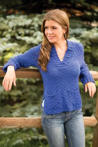 Pocketed Parquet Pullover from Love of Knitting - Spring 2014 Issue