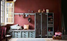 Stoere tienerkamer met lockerkast | Cool teenage room with locker cabinet | vtwonen 10-2017 | Fotografie Jeroen van der Spek | Styling Cleo Scheulderman