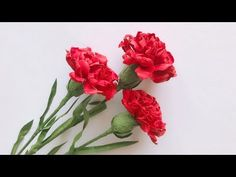How To Make Paper Flowers, Paper Flowers Craft, Crepe Paper Flowers, Paper Roses, Flower Crafts, Tissue Flowers, Faux Flowers, Diy Flowers, Homemade House Decorations