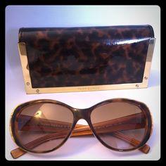 Tory Burch Sunglasses Tory Burch: Full Rim Sunglasses, Cat Eye Shape, Light Frame, Highest Grade Material. Tory Burch Accessories Glasses