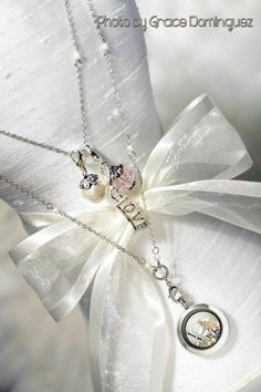 South Hill Designs...STUNNING! Put yours together HERE?! www.southhilldesigns.com/jessicakeeley