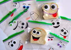 Liven up your child's lunchbox with these silly face sandwich bags! Your child will love this lunchtime surprise!