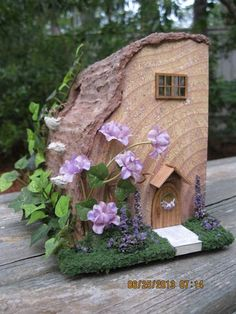 Mouse house front By: juliecfarrow: