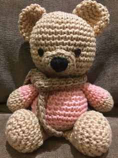 I love crocheting these. I went ahead and tried to vary the tut a little and just changed the colors in the body so it looks dressed now.  Tutorial from Sharon Ojala at Amigurumi to Go