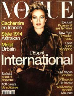 Carolyn Murphy en couverture du numéro d'octobre 1996 de Vogue Paris http://www.vogue.fr/thevoguelist/carolyn-murphy/68