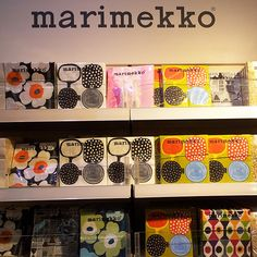 Marimekko paper serviettes €4-6 Admit it! You're a slob too. Forget those boring papertowels and get beautiful serviettes from Finnish design brand Marimekko.