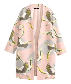 Look light as a feather in this pastel pink coat with 3/4-length sleeves. | H&M Pastels