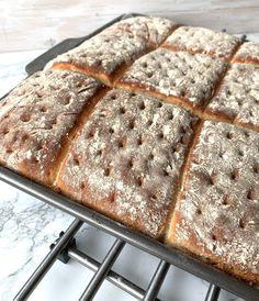 Great Recipes, Tart, Bread, Food, Glass, Instagram, Breads, Pie, Drinkware