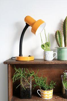 MY ATTIC SHOP / geel bureaulampje / yellow desk lamp www.entermyattic.com