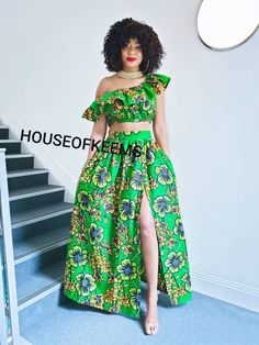 Latest African Fashion Dresses, African Print Fashion, African Tops For Women, Ankara Maxi Dress, Ankara Clothing, Blouse And Skirt, Gathered Skirt, Skirt Fashion, Gymnastics Birthday