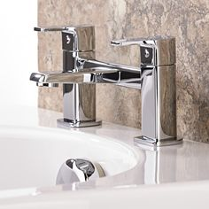 Give your bathroom an update with the Level tub faucet