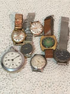Staré pánske hodinky