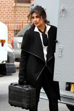 Priyanka Chopra - On setfilming'Quantico' in NYC 12/13/17