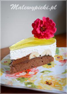 Kopiec kreta inaczej - ciasto z bananami, kremem czekoladowym, śmietanką i galaretką cytrynową #glutenfree #malewypieki #bezglutenowe Vanilla Cake, Nutella, Tiramisu, Sweet, Food, Crete, Candy, Essen, Meals