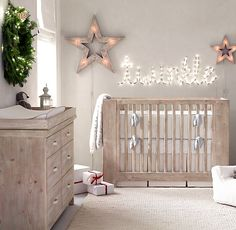 clean lines, soft hues and twinkling lights equal a calm, soothing space. #rhbabyandchild